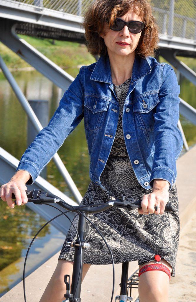Véronique Bertrand Les fllles à vélo