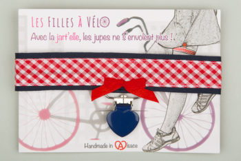 Jart'elle ruban Vichy rouge et blanc, liseré bleu, pince cœur