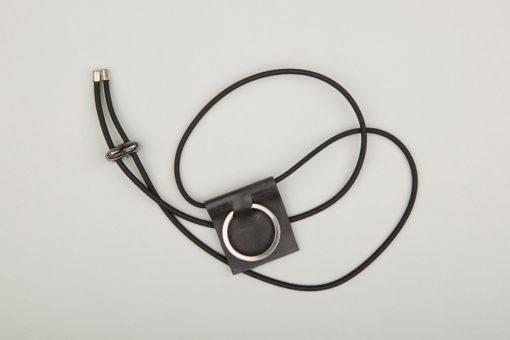Pantastic noir déco chambre à air et anneau porte-clé