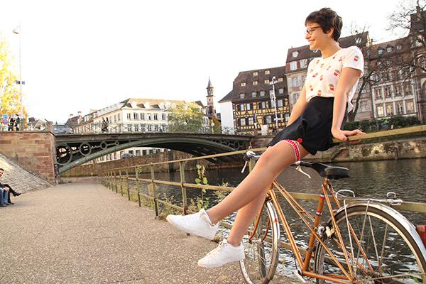 Noémie et sa jart'elle coeurs Les filles à vélo