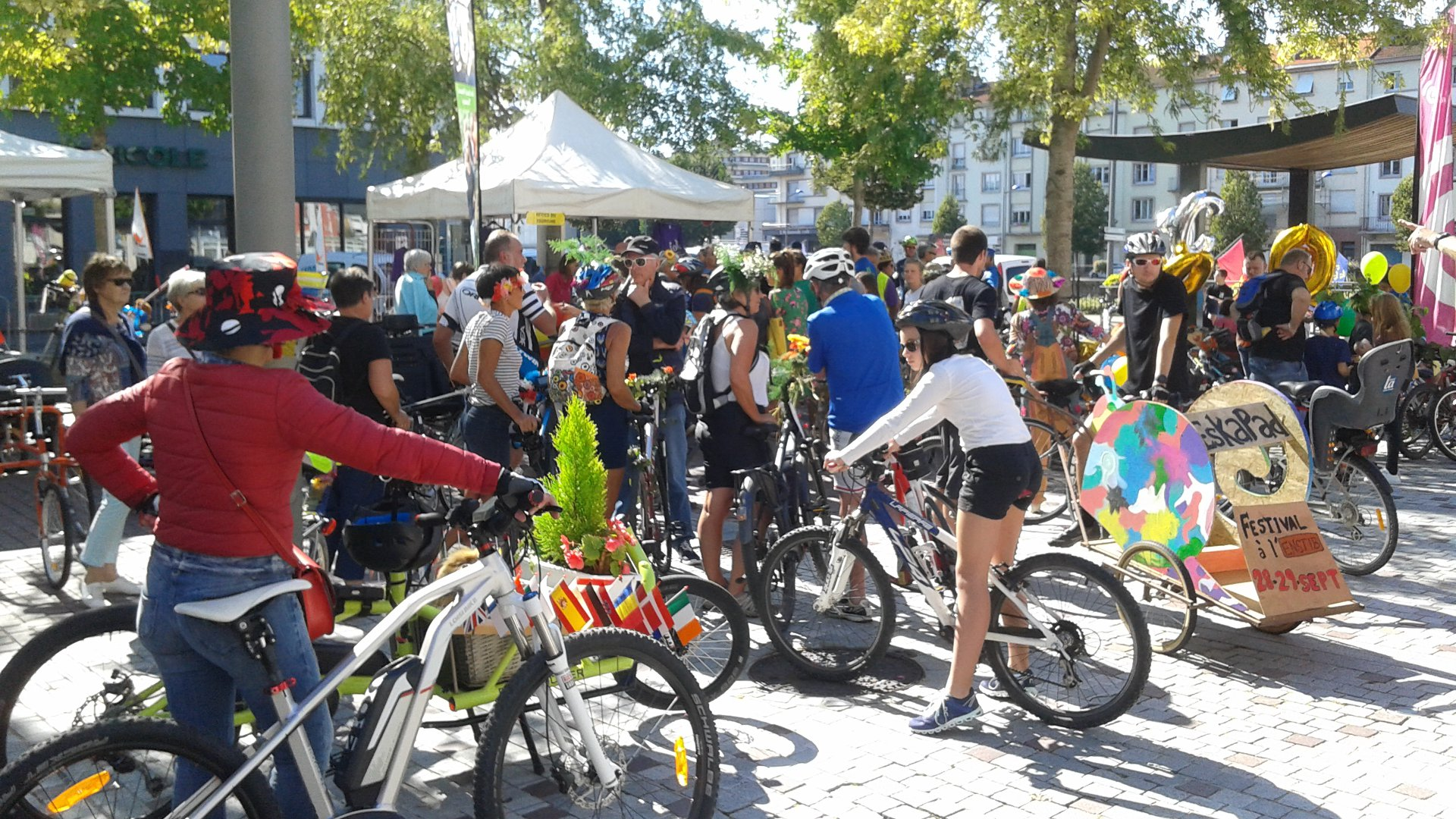 Remise des prix des vélos décorés aux folles journées du vélo à Epinal, le 15 septembre 2018