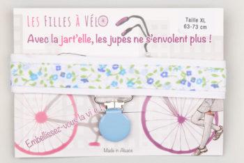 Jart'elle fleurettes pastel pince ronde qui empêche les jupes de s'envoler à vélo - Les filles à vélo