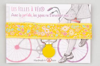 Jart'elle Liberty Kayoko jaune pince ronde jaune qui empêche les jupes de s'envoler à vélo - Les filles à vélo